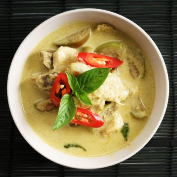 green curry chicken,thai food