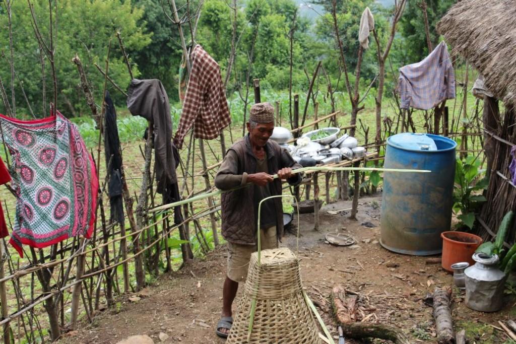 nepalés en su aldea