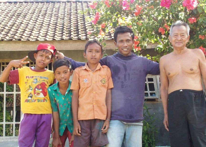 Famille récoltants poivre de Lampong