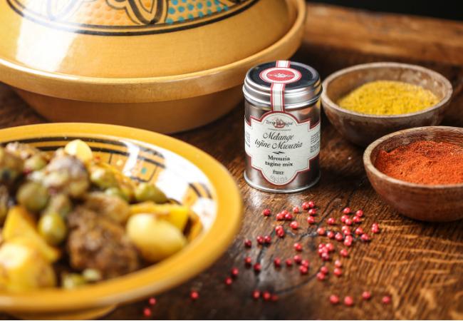 Tajine de poulet aux olives et citron confit - Terre Exotique